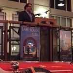 Mayor @nenshi celebrating 291 City of Calgary employees 25 years of service in support of making our city great http://t.co/hPR0q3BeEG