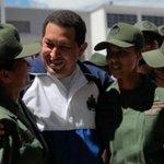 PUEBLO Y FANB UN SOLO CORAZON QUE DEFIENDEN LA REVOLUCIÓN #YoDefiendoMiFANB #PuebloYFANBPilaresDeLaRevolucion http://t.co/osp5ZFhnDp