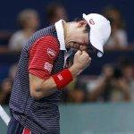 テニス=マスターズ・パリ大会、錦織がツォンガ下し8強 http://t.co/W2q0NBFGGs http://t.co/Cka2QecdXW