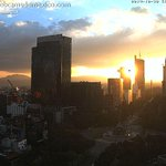Imagen del espectacular atardecer de este jueves en la Ciudad de México. Vista Paseo de la Reforma: http://t.co/jPziJIGk2z