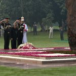 The President of India paying homage at Shakti Sthal on 30th Martyrdom Day of Smt. Indira Gandhi #IronLeadersofINC http://t.co/C8bqCq5zRw