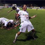 CRÓNICA, VIDEO Y FOTOS: 1-0. El Platense se impuso al Olimpia y es sublíder de Honduras ▶ http://t.co/jpsqrjmMQJ http://t.co/k5c4CEI1QN