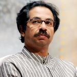 Shiv Sena President Uddhav Thackeray to attend Devendra Fadnavis swearing-in ceremony #MahaNewCM http://t.co/eTIyOmGAEq
