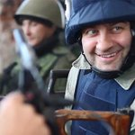 Михаил Пореченков заявил, что кадры стрельбы были постановочными, а патроны - холостыми http://t.co/3HIlFkVUY8 http://t.co/q16H2084Pv