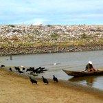 Toma, petralhas, era só em SP...@g1: Banho de bacia é rotina em cidade do RN ating. pela seca http://t.co/4gCELLeuv2 http://t.co/yoIQiVRUCo