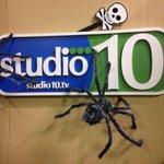 Dont miss our #Halloween show with @RoxanneWilder & @DebraSchrils in costume! #trickortreat #GreatShow http://t.co/vuhQACmNGX