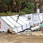 مواطن مقدسي من وادي الجوز هدم الاحتلال منزله قبل يومين ولا يزال يعيش في خيمة .هنا #القدس_عربية #فلسطين_تقاوم http://t.co/SofMRbDD08