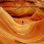 """""""เดอะเวฟ"""" ที่ รัฐอริโซน่า สหรัฐอเมริกา เป็นภูเขาหินทรายที่มีรูปทรงคล้ายคลื่น เกิดขึ้นเมื่อ190 ล้านปีก่อน http://t.co/bumdO901AN"""