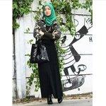 Hijab Style: Gaya Busana Marylies Dien Rusmana, Model Hijab Asal Bandung http://t.co/5rSL7a8Qyt via @wolipop http://t.co/Fcp286S44D