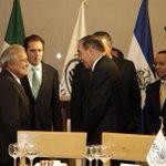 Presidente @sanchezceren invita a empresarios mexicanos a invertir en El Salvador. http://t.co/qIGSYqaaZh http://t.co/MV2KZLM8IM