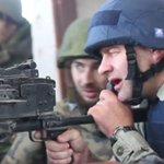 Пореченков приехал к ополченцам в донецкий аэропорт и пострелял из пулемета http://t.co/ACszQoxSlp http://t.co/0mYwlqZrwY