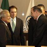 Presidente @sanchezceren invita a empresarios mexicanos a invertir en El Salvador http://t.co/2gftpWjOlw http://t.co/saFya2xCdd
