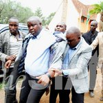 RAILA LOOKS ON AS ODM YOUTH BEAT UP MAGERER http://t.co/V4iZiOy6ie #MagererLangat http://t.co/SOo1T5p1Kn