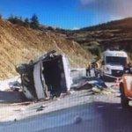 Bir Minibüs Kaç Can Taşır Türkiye:42!! Mevsimlik işçileri taşıyan servis devrildi.Çoğu kadın 15 kişi öldü 27 yaralı! http://t.co/Nk0rZJzt8t