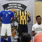 Nike unveil new #HarimauMalaya kit. To be worn during AFF Suzuki Cup. #unleash http://t.co/JWk3SyhwSh