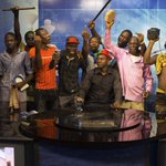 Anytime I see this picture, its like a movie happening in reality. Never wished this for #BurkinaFaso #lwili http://t.co/LR8DgiHM6J