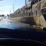 AHORA: paso a desnivel Circunvalación comienza a acumular agua sector sur.#Curicó http://t.co/Xtrj29Zjgi