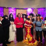 Seguimos divirtiéndonos con este #CasoEmbrujado ¡Happy Halloween! #UND #UNDHalloween http://t.co/qW0boFkHId