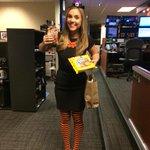 .@CassidyQuinn lovin ya even more today!! #HalloweenTreats @KGWSunrise @RussLewisKGW @KGWNickAllard http://t.co/Dv9F4jbEPg