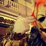 La Policía teme por la integridad del gijonés que se fotografía disfrazado de payaso http://t.co/vcDnWLejCq http://t.co/3hDHQtfpbN