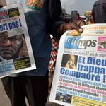 """""""@Le_Figaro: #BurkinaFaso : Blaise #Compaore quitte le pouvoir http://t.co/mkOXHqT7b4 http://t.co/ef4IGragtY"""""""