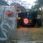 So were doing this! #moorooka #brisbane #halloween #puppets http://t.co/qu7BrvY32k