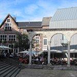 Am Wochenende sind 20 Grad für #Aachen gemeldet! Viel Spaß auf den Sonnenterassen. http://t.co/s7RVMndLO0