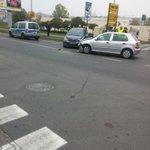 @AlertPoznan @TelewizjaWTK wypadek na Łużyckiej. Pas zablokowany, tworzy się korek. http://t.co/Ck21UsHmWc