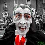 Be careful Paddy Drac will be out there tonight! #Dublin #Halloween @bramstokerdub @LordMayorDublin @darraghdoyle http://t.co/WsUu4lbDQq vi