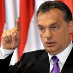 Премьер Венгрии отозвал законопроект о налоге на интернет после массовых акций протеста http://t.co/DSU3pLiLeM http://t.co/SH6XhJiuhR