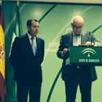 Presentación de los Presupuestos de la Junta de Andalucía en #Málaga por Luciano Alonso y José L Ruiz @MalagaJunta http://t.co/v5gXaKQXMQ