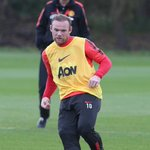 [Picture] Wayne Rooney back in training and ready for the Manchester Derby on Sunday. #MUFC http://t.co/r4ixI05wer