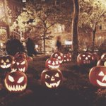 Хохохо, с Хеллоуином, ребят ???? http://t.co/StpW6GtLqk