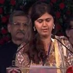 Pankaja Munde sworn-in as cabinet minister. Track live updates from Mumbai's Wankhede Stadium http://t.co/ocB9OnPtD6