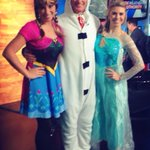 Halloween 2014 on @FOX59 #Frozen musical performance from @FOX59SJONES @LarraOverton & moi! #Frozen59 http://t.co/zqHpg6HyDy