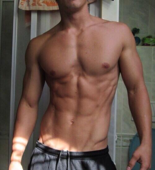 фото парня красивого тела без лица