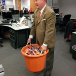 Hey kids -- go trick-or-treating at @converykatu s house tonight! #LiveOnK2 http://t.co/4zgyP4AEot