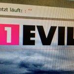 Die @1LIVE-Intranet-Programmierer haben für #Halloween an der Seite geschraubt. #ilike // #mediengrusel http://t.co/kg1vC9Wd2u