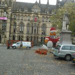 Looking a bit more complete today #Manchester #Christmas #AlbertSquare http://t.co/AcjXztcqXM