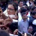 Mumbai: People greet new Maharashtra CM Devendra Fadnavis at Wankhede Stadium http://t.co/WzZhlqHqWn