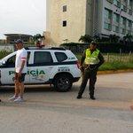 Presencia estrategica de @PoliciaColombia VAMOSX ELLOS Glorietas @Valledupar @alcaldiavpar http://t.co/WjghmbHBs0