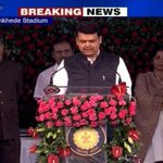 #CMFadnavis sworn in as Maharashtra's 27th Chief Minister along with nine other ministers http://t.co/1kbdcCubPO http://t.co/Aseq1wKSp4