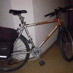 Bicicleta robada en Parquesol, si la ves, contacta con asciva@gmail.com http://t.co/sEfTelNJ0X