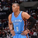 Russell Westbrook will reportedly miss 4-6 weeks with a broken hand http://t.co/S5LKgonahu http://t.co/xgT9x6BuUo