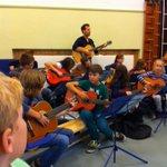 Leuke repetitie van het wijkorkest in Noord.. http://t.co/Ji1BLqfvqO