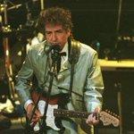Bob Dylan vai lançar novo álbum de estúdio em 2015: http://t.co/au7N8WgeY8 http://t.co/qaoFIp2Q4u