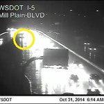 Crash: I-5S approaching Mill Plain #VanWA #pdxtraffic #kgwnow http://t.co/kInsU9wFPR