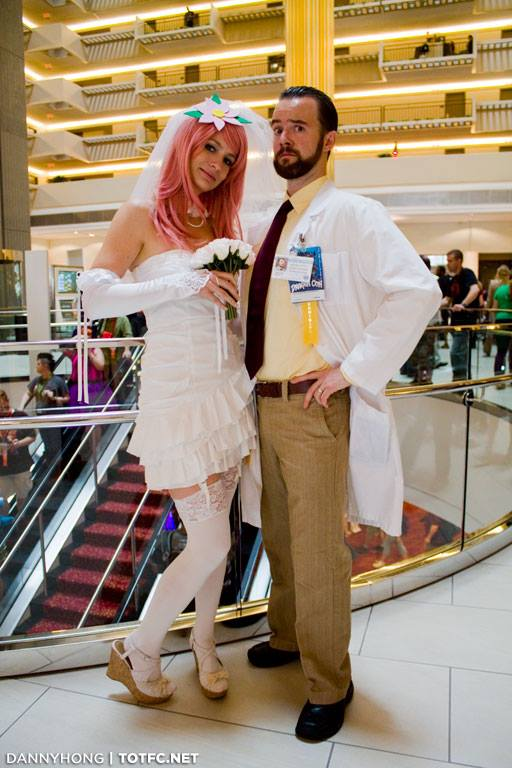 As requested, our @KriegerSignals costumes from last year - @luckyyates @ArcherFX http://t.co/IhLwRBWqAe