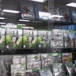 Ya esta la edición FIFA15 Especial de Santos Laguna en todas las tiendas de La Laguna #GuerreroNoCualquiera Cómpralo http://t.co/2SxzaFbYPk
