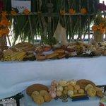 Unos 97 altares pueden apreciarse en la Plaza Grande de Mérida por Día de Muertos http://t.co/EzI90dGkPq